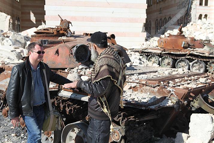 С командиром отряда исламистов в Алеппо